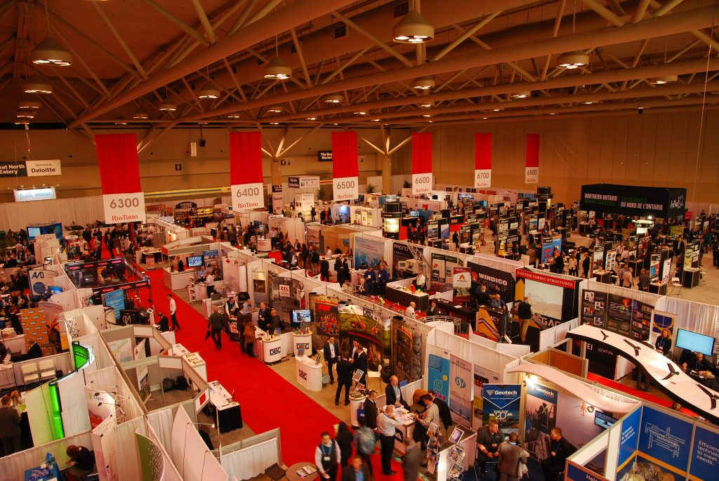 Photo 10 - Panoramic North Show