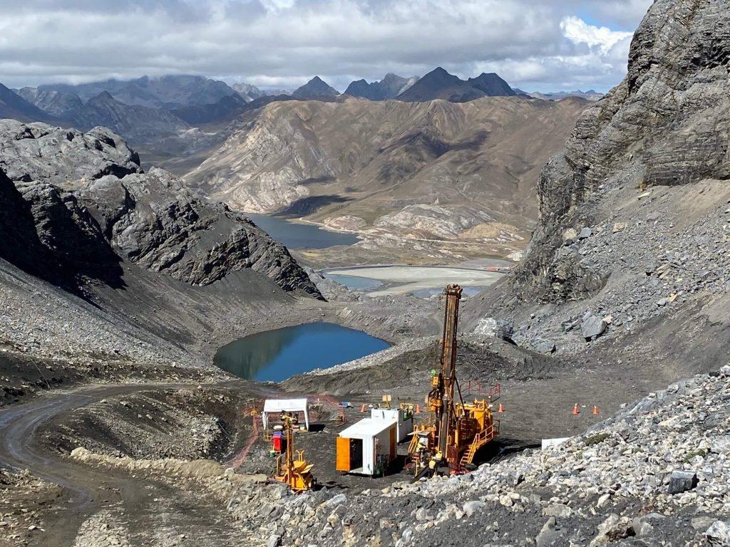 Recon Drilling rig in Peru